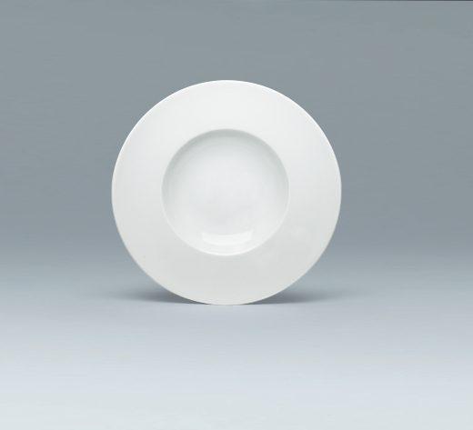 Plate deep with rim