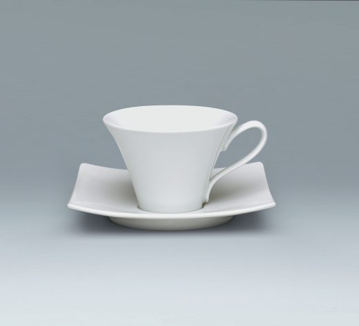 Tradition Cup and saucer elegant low