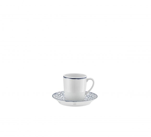 Cup and saucer tall